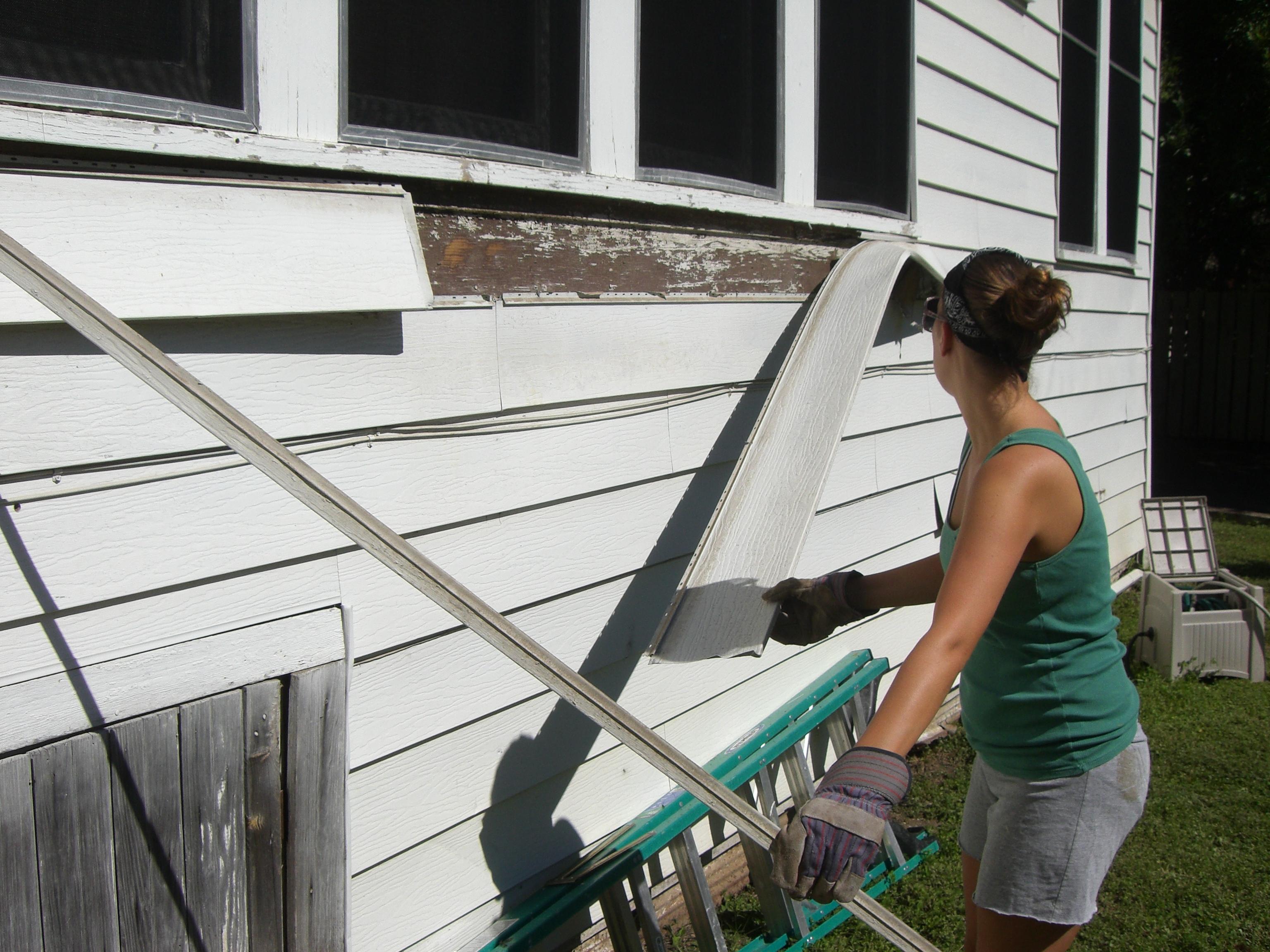 How to remove aluminum siding - Fall